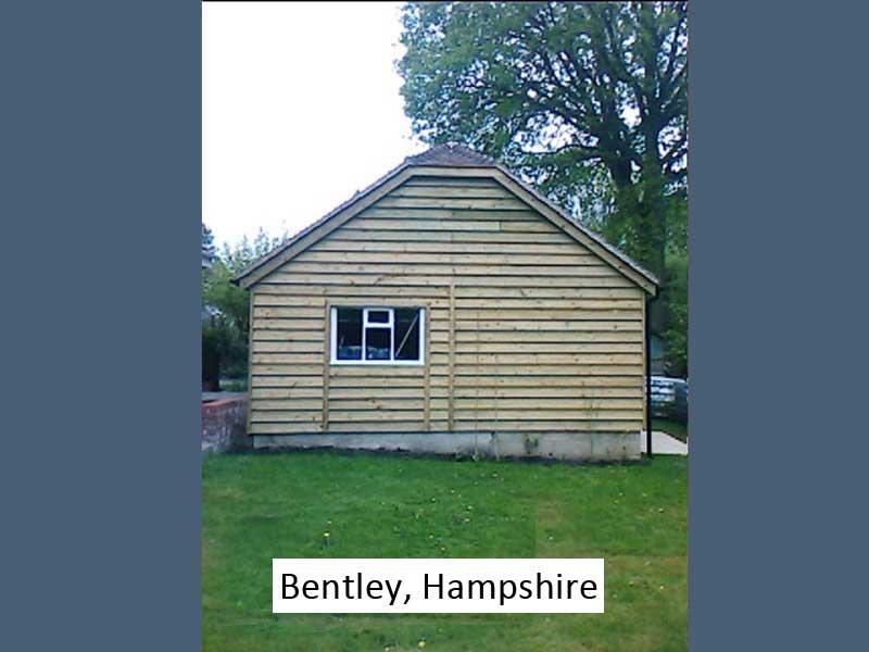 Traditional Garage in Bentley, Hampshire