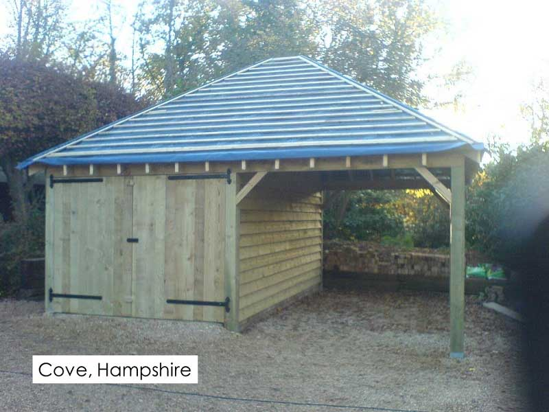 Traditional Garage in Cove, Hampshire