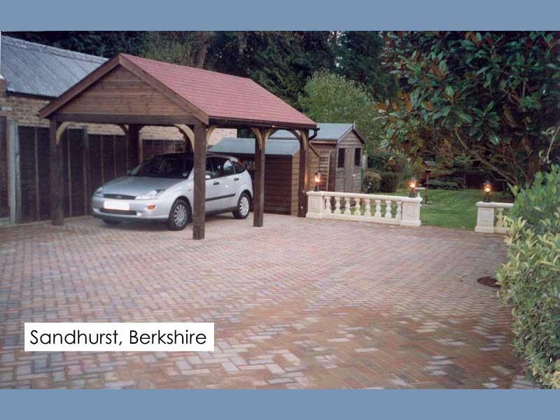 Timber Garage in Sandhurst, Berkshire