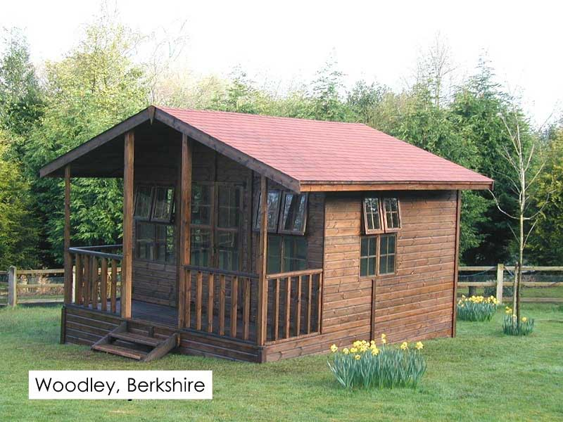 Premium Summerhouse in Woodley, Berkshire