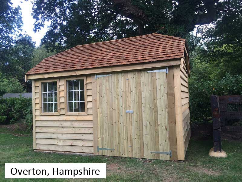 Traditional Garage In Overton, Hampshire
